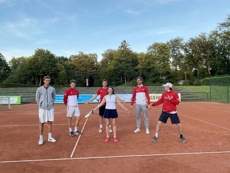 Mutmacherin-Charly-Erster-Preis-Tennis